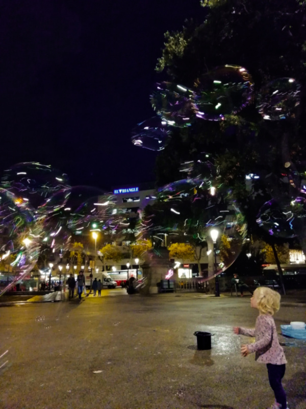 Barcelona with Kids Esme and the bubbles